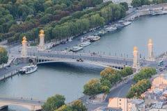 alma de debily l seine för flod för paripasserellepont Arkivbild