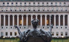Alma Mater av columbia universitet, New York City, USA arkivbilder