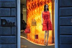 Almacén de la manera de Dior en Italia Imágenes de archivo libres de regalías
