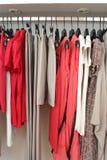 Almacén de ropa Fotos de archivo