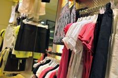 Almacén de ropa Fotografía de archivo