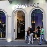 Almacén de Versace fotos de archivo libres de regalías
