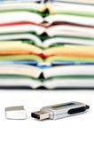 Almacenaje de datos con los libros Fotografía de archivo