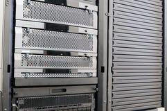Almacenaje montado estante del sistema Imagenes de archivo