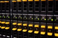 almacenamiento de alta velocidad del servidor del centro de datos fotografía de archivo libre de regalías