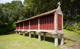 Almacenamiento portugués tradicional del grano fotos de archivo