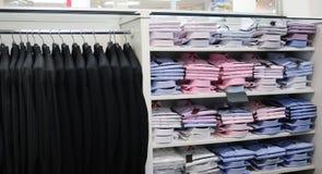 Almacén de ropa. Imágenes de archivo libres de regalías