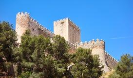Almansa slott i Albacete av Spanien arkivbild