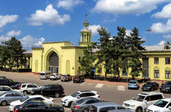 Almaty - Altbau des Flughafens von Almaty Stockbild