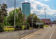 Almaty - Architektur entlang Abay-Allee Stockfotografie