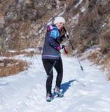 ALMATY KAZACHSTAN, KWIECIEŃ, - 09, 2017: Amatorskie rywalizacje - Halny maraton w pogórzach Almaty, na Zdjęcia Stock