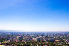 Almaty miasta widok od Koktobe wzgórza, Kazachstan Fotografia Royalty Free