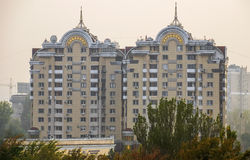 Almaty - modern arkitektur royaltyfri foto