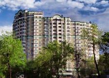 Almaty - modern arkitektur arkivfoto