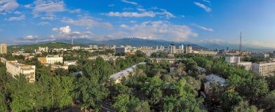 Almaty - vista aerea Fotografie Stock