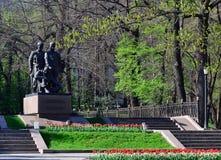 Almaty zwycięstwa pomnik na słonecznym dniu Zdjęcia Royalty Free