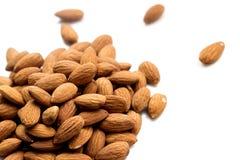 Almendras nuts en blanco Fotos de archivo