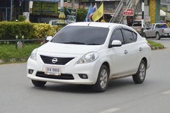 Almera di Nissan dell'auto privata Fotografie Stock