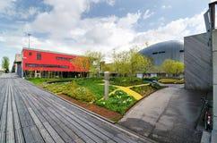 Almere, Paesi Bassi - 5 maggio 2015: Centro urbano moderno di Almere, Immagine Stock Libera da Diritti