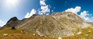 Almerhorn山岩石倾斜  免版税库存照片