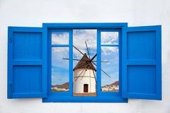 Almeria dalla finestra del mulino a vento di Cabo de Gata Fotografie Stock Libere da Diritti