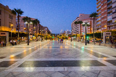 Almeria Spain September 1, 2014: La gente che gode dell'estate anche Immagini Stock