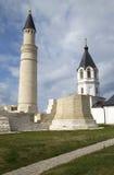 Alminar e iglesia en las ruinas de Bolgar, Rusia de Assumtion foto de archivo libre de regalías