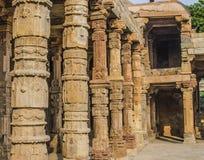 Alminar Kutb - Minar de la arquitectura Imagen de archivo