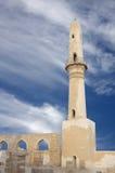Alminar restablecido con la arcada, mezquita de Khamis fotografía de archivo