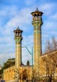 Alminares de la mezquita de Shahid Motahari en Teherán Imagen de archivo libre de regalías