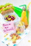 Almoço de Bento para sua criança na escola, caixa com um sandwic saudável Fotos de Stock