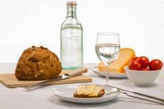 Almoço saudável do verão com água fresca Foto de Stock