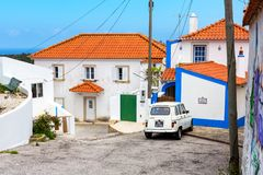 Almocageme,葡萄牙- 15 05 2016年:传统葡萄牙白色 免版税库存照片