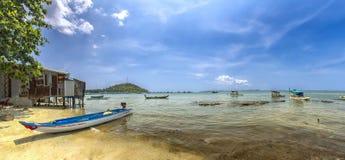 Almoce em uma aldeia piscatória do beira-mar de Phu Quoc, Vietname Fotos de Stock