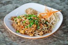 Almofada tailandesa, alimento tailandês Imagens de Stock