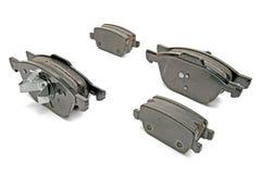 Almofadas de freio ajustadas para um carro Fotografia de Stock