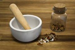 Almofariz com sal, pimentão, especiarias da pimenta Imagem de Stock Royalty Free
