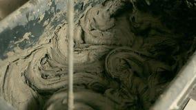 Almofariz de mistura em uma cubeta filme