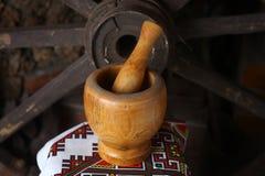 Almofariz e pilão tradicionais Fotos de Stock Royalty Free