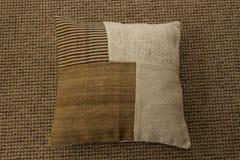 Almohada decorativa para la decoración interior Imagenes de archivo