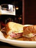 Almoço de Pub Fotos de Stock Royalty Free