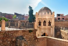 Almoravid Koubba在马拉喀什 摩洛哥 库存照片