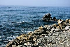 Almuñecar海边在一个晴天3 库存照片