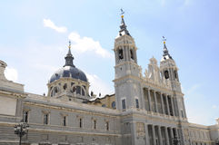 almudena大教堂马德里西班牙 免版税库存照片