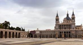 Almudena Cathedral a Madrid Immagini Stock