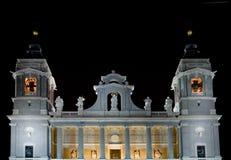 almudena de la catedral Madryt wieże Fotografia Royalty Free