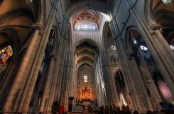 Almudenas Kirche Lizenzfreie Stockfotos