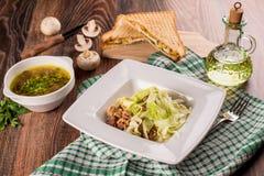 Almuerzo de la sopa, de la ensalada y del bocadillo imagen de archivo libre de regalías