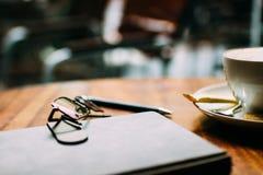 Almuerzo de negocios en un café fotos de archivo libres de regalías