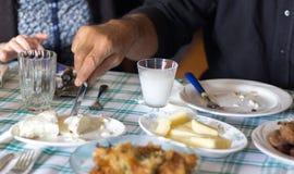 Almuerzo griego en casa Foto de archivo